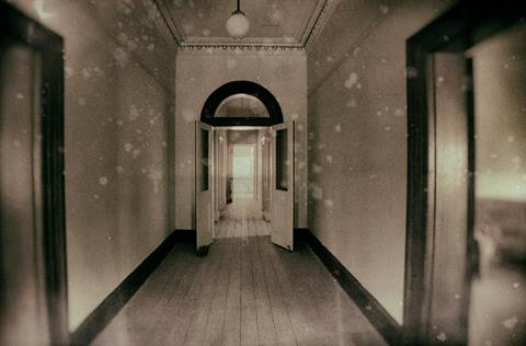 Point_Cook_Hallway_2000_x_1500_lg.jpg